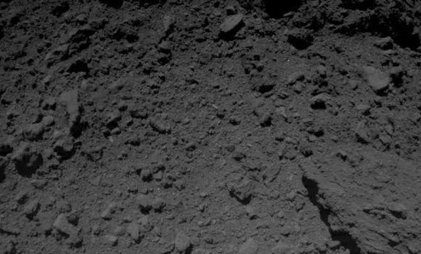 只活17个小时的德国机器人,向3亿公里外地球传回了难以置信图片