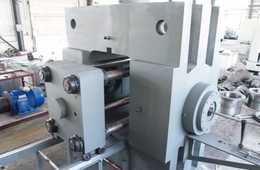 高能加速器CT可旋转式岩石力学刚性伺服试验机研发历程与应用