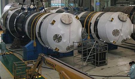 世界首台高温气冷堆核电站蒸汽发生器完成主体制造