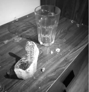 玻璃水杯爆裂宜家判赔事件经过