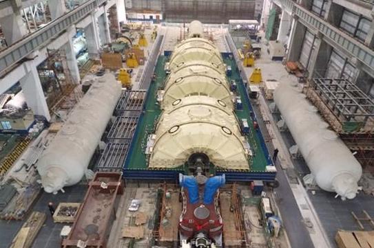 田湾核电项目5号机组主管道冷、热段顺利焊接完成