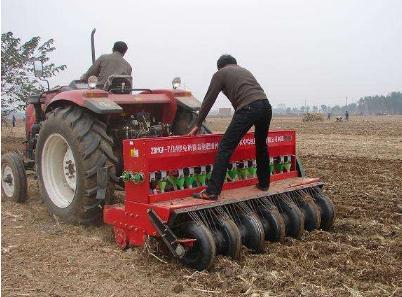 """柯桥区农林局开展""""农业机械免费实地检验""""项目"""