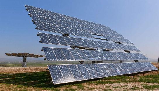 新型太阳能设备:太阳能加热的同时辐射制冷