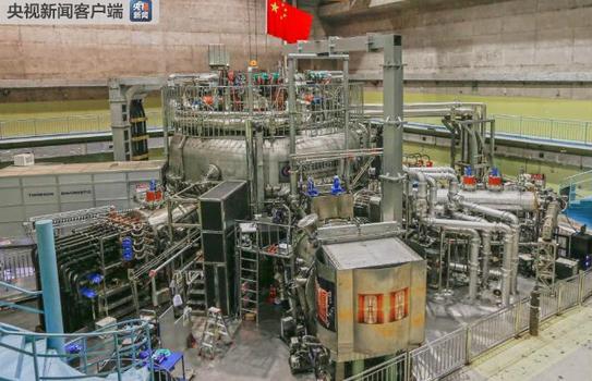 """中国大科学装置""""人造太阳""""首次实现1亿度运行"""