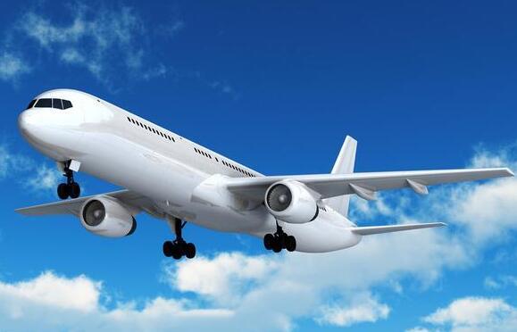 巴黎飞上海波音777紧急降落俄罗斯伊尔库茨克机场
