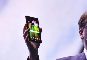 三星可折叠手机Galaxy F发布日期被曝光,预计在2019年3月亮相
