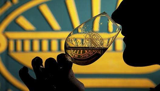 全球最大烈酒公司帝亚吉欧以5.5亿美元向美国Sazerac出售19种低端烈酒品牌