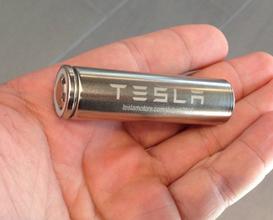 特斯拉研发改进电池芯,实现每千瓦时电池组的成本只要100美金