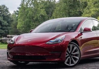 特斯拉买了几家货运公司来解决Model 3订单激增带来的物流难题