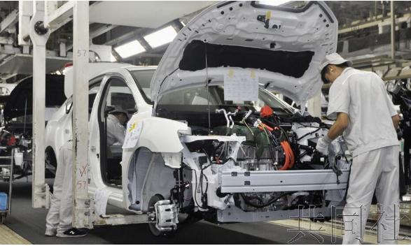 日产汽车展示新型电动汽车EV在华生产线