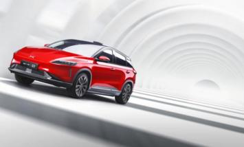 小鹏汽车CEO何小鹏称:新车将于年底正式交付