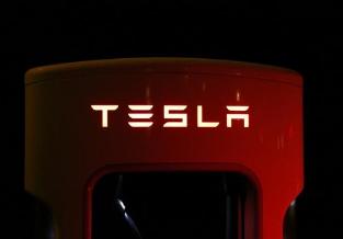 特斯拉Semi电动半挂卡车预计将于明年投产