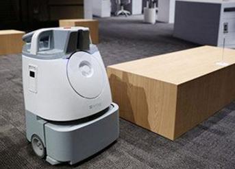 软银开发出面向办公室的扫地机器人Whiz