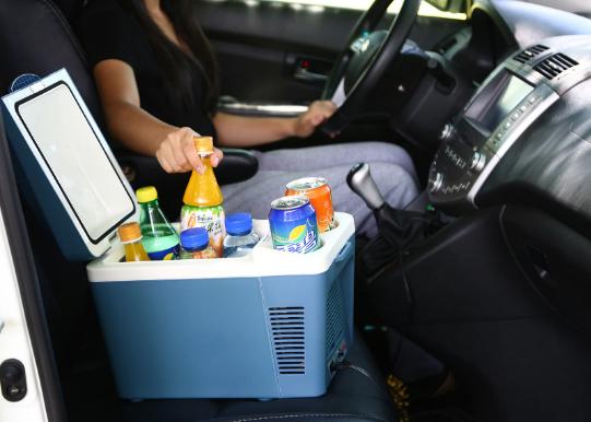 车载冰箱对车有影响吗?车载冰箱的分类有哪些?