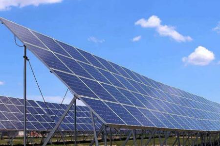 协鑫集成子公司与华君电力签署《组件生产线托管合作框架协议》