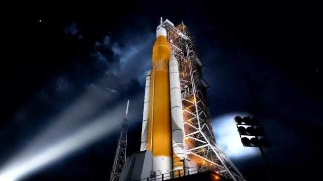 """埃隆·马斯克:下一代重型运载火箭由""""大猎鹰火箭""""更名为""""星舟"""""""