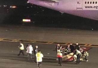 俄一航班撞人是怎么回事?死者为25岁的亚美尼亚公民