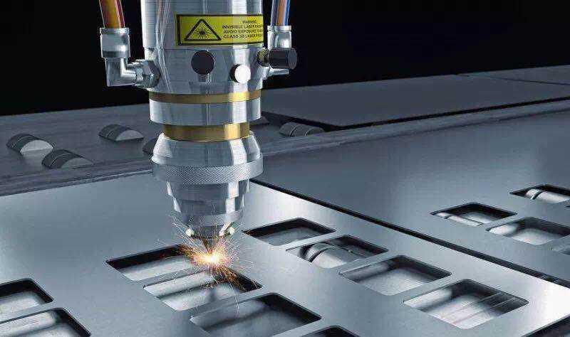 中国建材国际工程集团与苏州图森激光合作共同开发精密激光打孔和切割装备