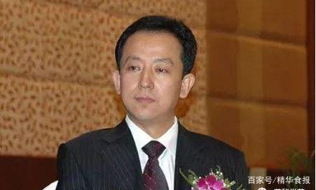伊利董秘辞职:胡利平担任伊利股份董秘13年,董事长潘刚代行董秘职责
