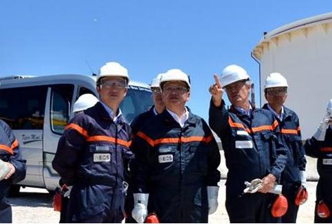 章建华并法国能源署长米歇尔共同签署《第二次中法能源对话会议纪要》