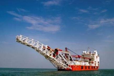 中国进出口银行出贷资助中远海运重工风电安装船建造