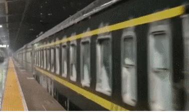 火车门行驶中被冻是怎么回事?发生在哪里?