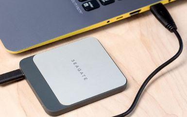 ?移动硬盘如何加密?移动硬盘希捷和西部数据哪个好?