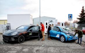 宝马联合保时捷推出超快速充电桩,充电3分钟可行驶100公里