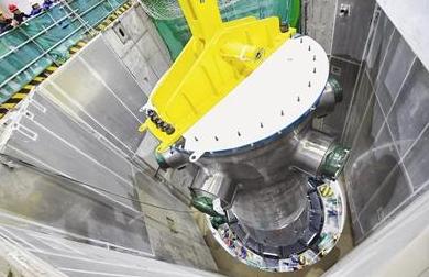 福清核电6号机组首台蒸汽发生器成功引入反应堆