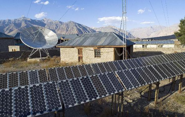 两座重要太阳能发电厂在印度查谟落成