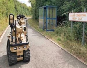 英国军方利用带有触觉反馈的机器人进行拆弹处理