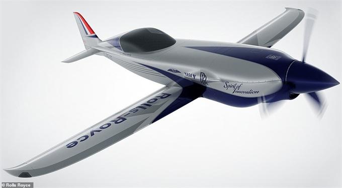 ?劳斯莱斯计划制造时速可达300英里/时的创纪录电动飞机