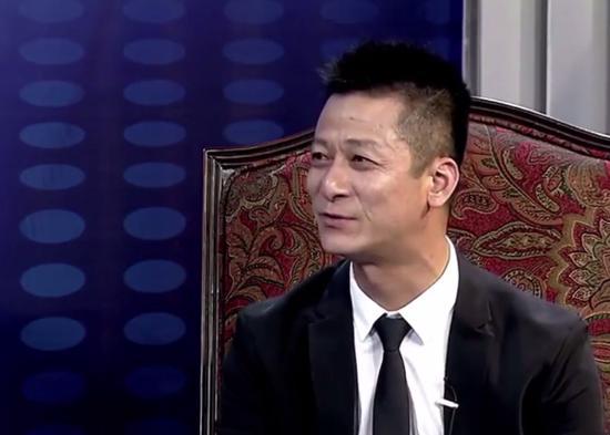 权健束昱辉等18人被刑拘