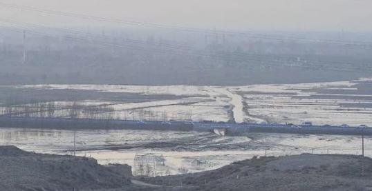 宁夏灵武圆疙瘩湖发生垮塌对当地土质土壤的影响