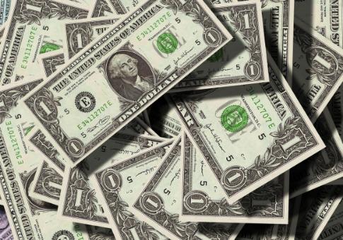 2018年全球环境和社会福利相关可持续融资总额达2470亿美元