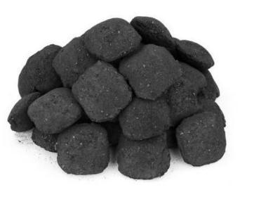 使用生物炭提高农业生产力,固碳和保护宝贵的土壤