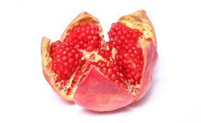 《自然通讯》中一项新研究表明:多吃石榴可对抗炎症性肠病