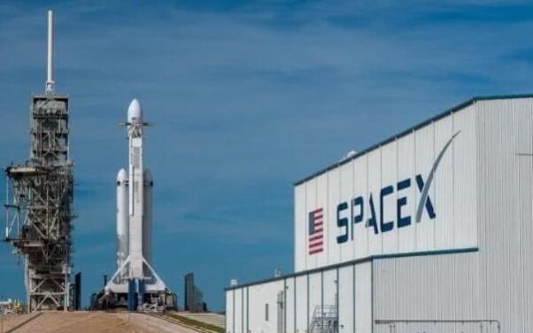 SpaceX计划裁员10%,超600名员工被裁补偿8周工资