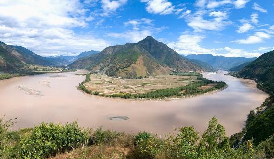 重庆市与三峡集团共抓长江大保护项目开工建设