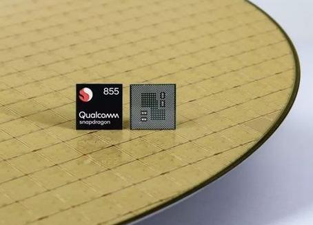 安兔兔发布骁龙855处理器开发机的性能评测:总分超过37万分