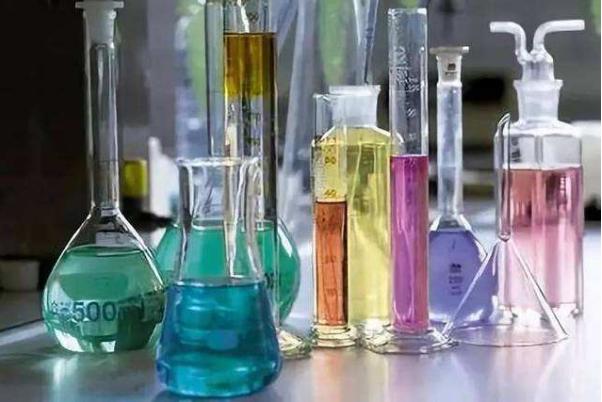 化学试剂常用分类有哪些?诱发化学试剂变质的原因是什么?