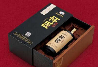 未来五年内白酒市场规模将达到万亿级,酱香白酒崛起