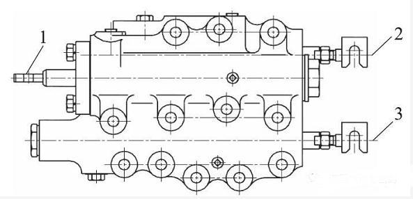缓冲阀的工作原理及其在推耙机中的应用