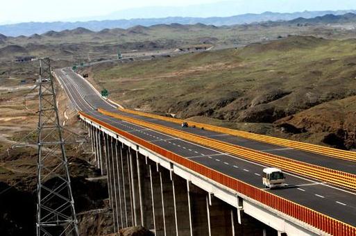 新疆国际交通产业博览会邀您5月参加一场西北最大交通展