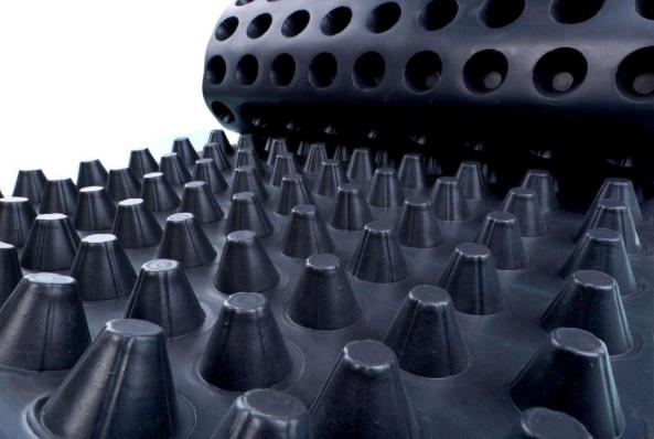 塑料排水板加固软土地基的优点有哪些?施工工艺是什么?