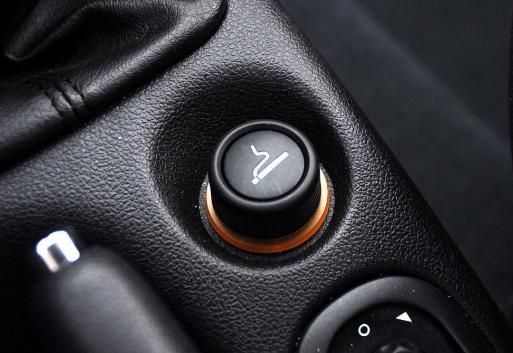 汽车点烟器的功用及正确使用方法