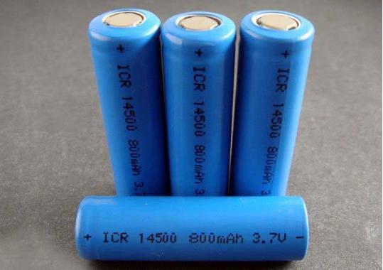 解读新实施的锂离子电池行业规定与办法