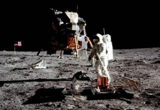 NASA公布2028年实现重返月球计划的宏伟路线图