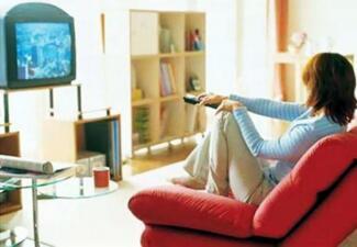 Circulation杂志:每天看电视超过5小时的人患肺栓塞死亡风险较高