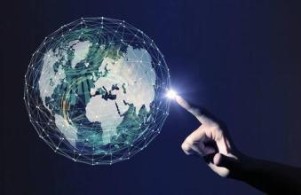 工信部信软司李颖:工业互联网是第四次工业革命的关键支撑